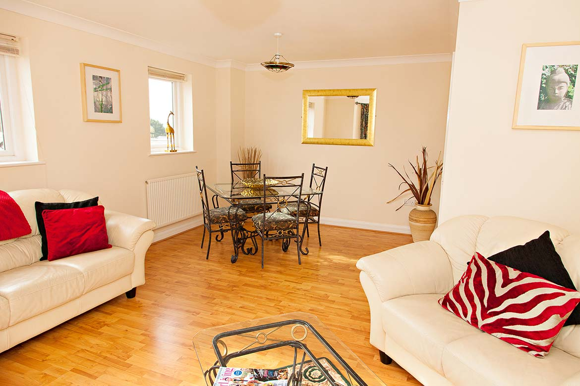Two Bedroom, One Bathroom Apartment in Central Exeter ...